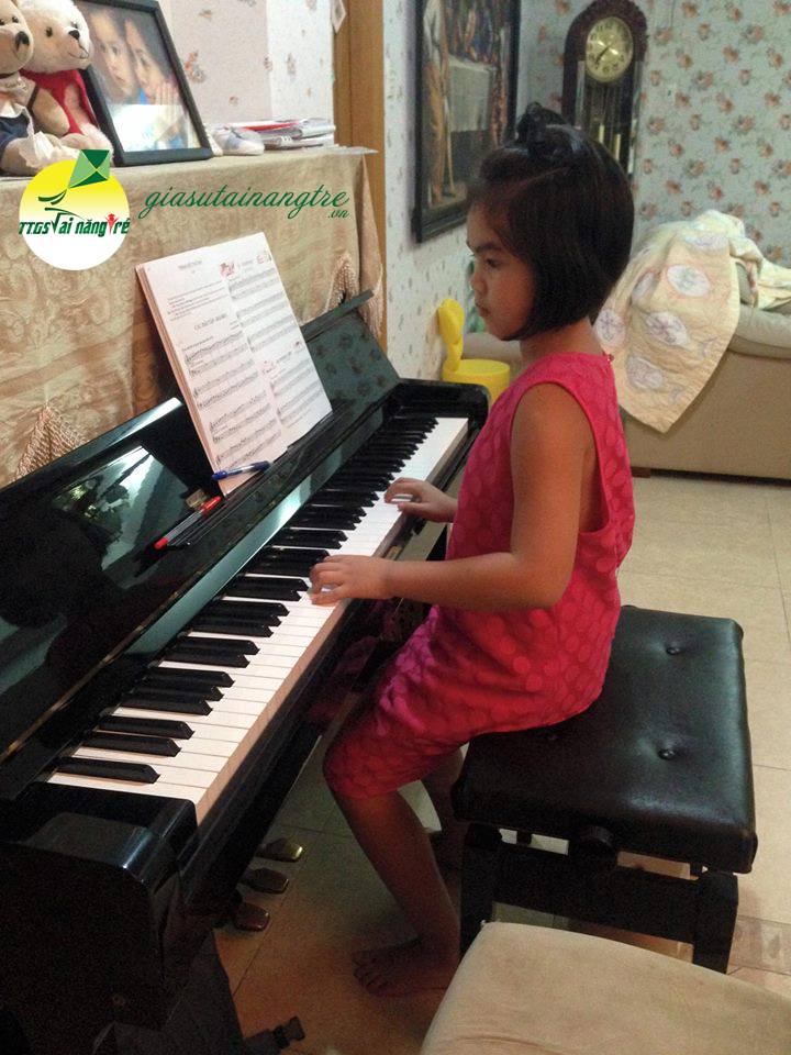 day piano guitar tai nha