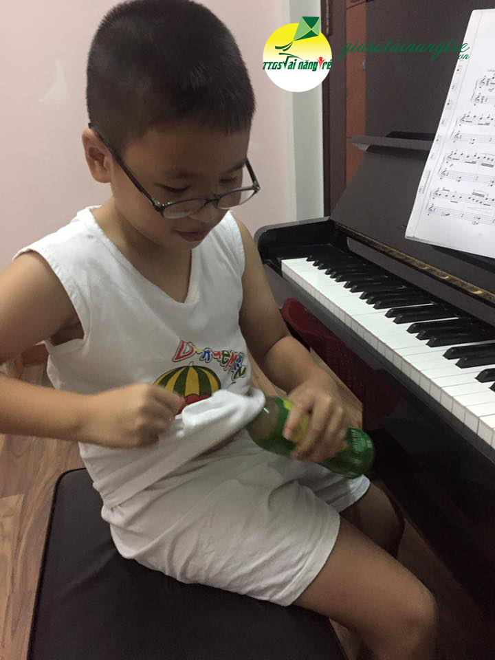 day piano organ guitar tai nha