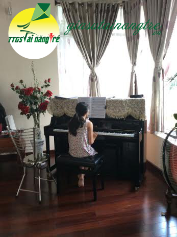 day piano organ tai nha