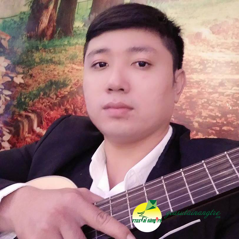 thây giao day guitar